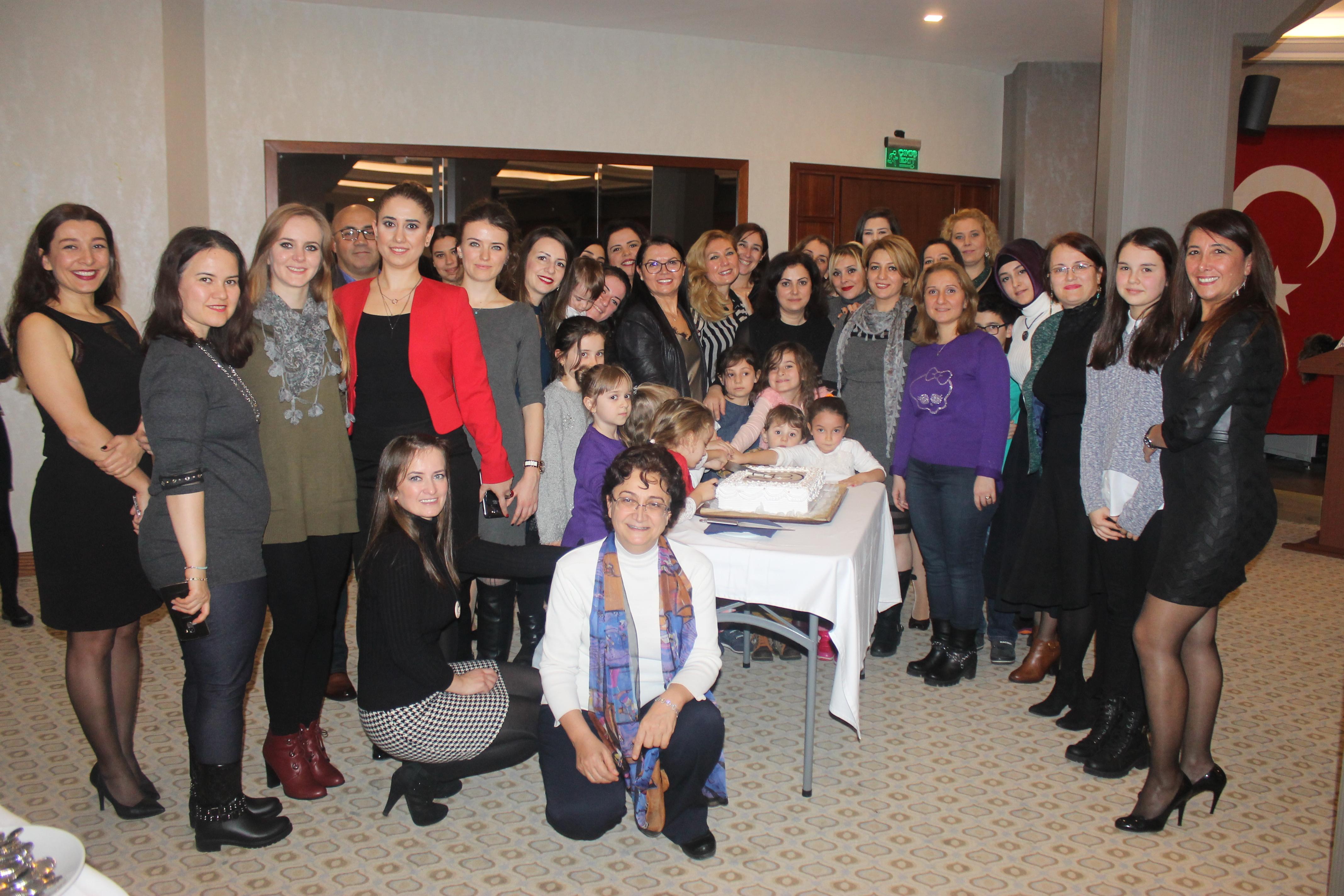 Geleneksel Yılbaşı Etkinliğimizi Bayramoğlu CUCİ Otel'de gerçekleştirdik.